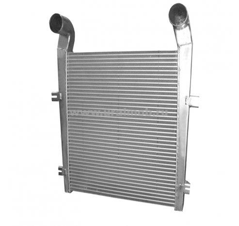 Фото: Охладитель надувочного воздуха (интеркулер) МАЗ 6312В5; 5550 5440В5; 6501В5 с дв. ЯМЗ 536 (LUZAR)